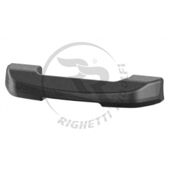 Front spoiler for two-seater rental kart